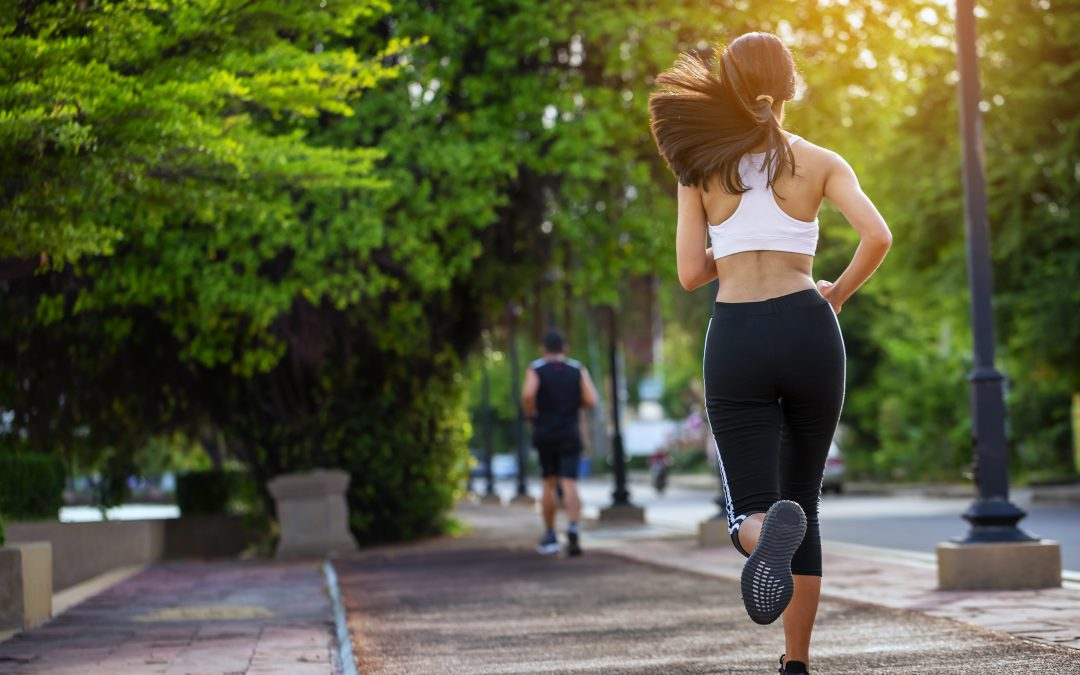 Practicar deporte en verano: Cinco consejos a tener en cuenta