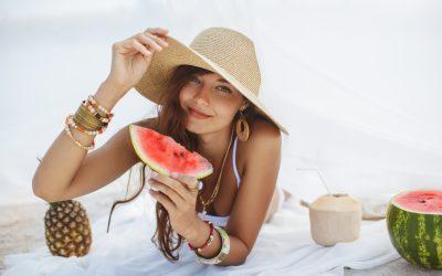 Alimentos que te ayudarán a proteger tu piel de los rayos V